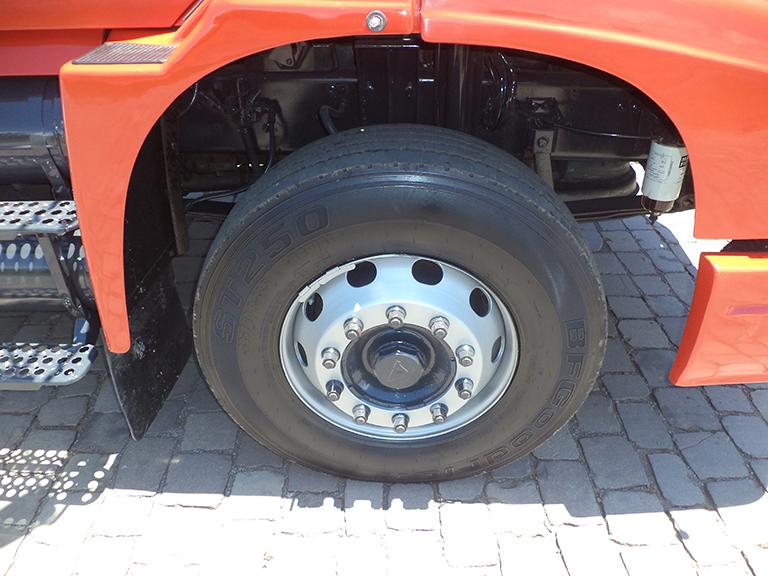 Foto do caminhão EDC NL12 360 6x2